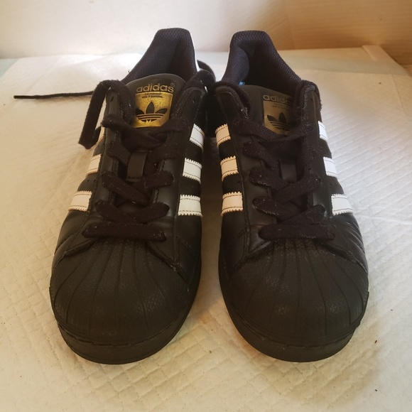 adidas shoes 3.5